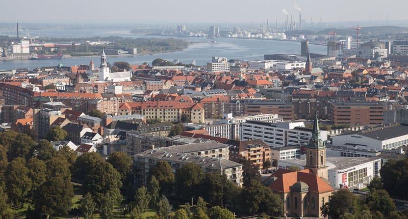 Om Whats Aalborg